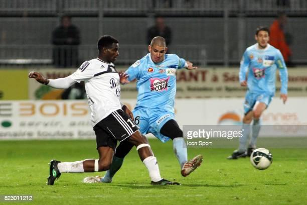 Valery MEZAGUE / Carl MEDJANI - - Vannes / Ajaccio - 25e journee Ligue 2,