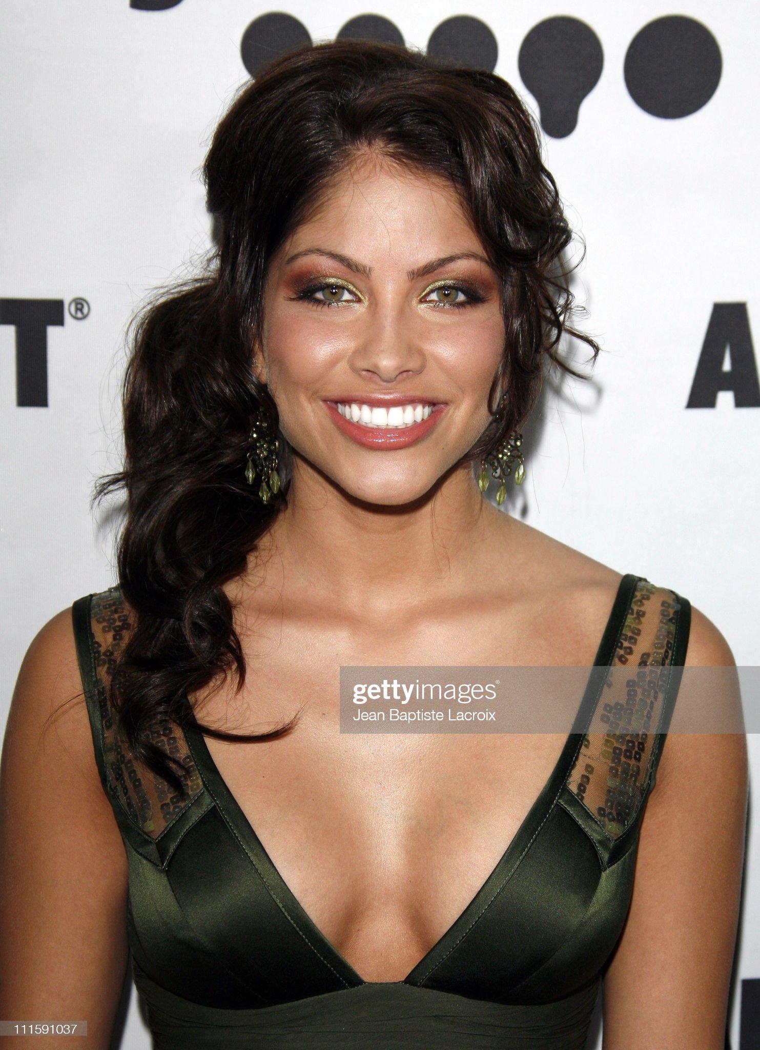 DEBATE sobre belleza, guapura y hermosura (fotos de chicas latinas, mestizas, y de todo) - VOL II - Página 9 Valery-ortiz-during-18th-annual-glaad-media-awards-los-angeles-at-picture-id111591037?s=2048x2048