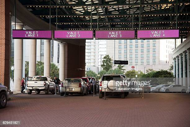 Valet parking of customers cars USA