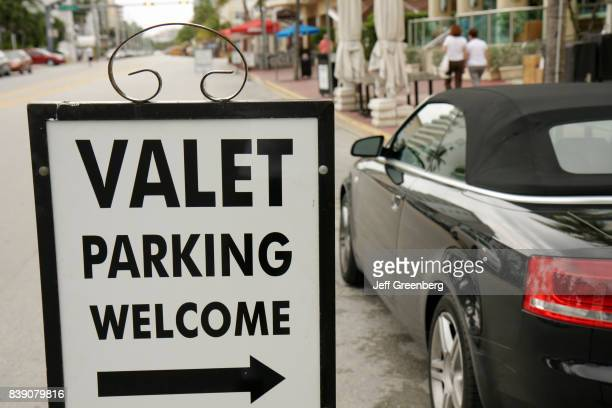 A valet parking sign on Ocean Drive