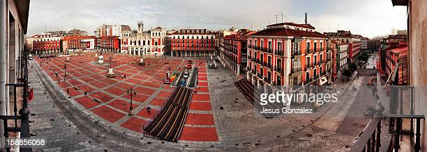 valladolid se hace mayor - valladolid spanish city stock pictures, royalty-free photos & images