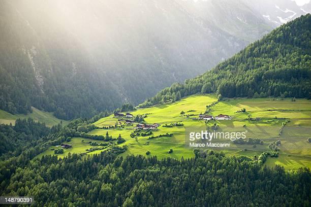 valle aurina (ahrntal), alto adige, italy - valle foto e immagini stock