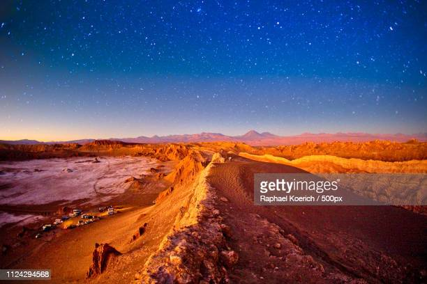 valle de la luna - luna star stock pictures, royalty-free photos & images
