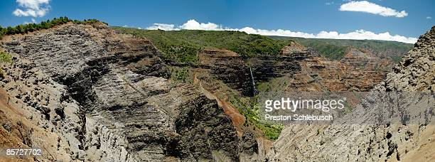 valley in kauaii, hawaii - schlebusch stock pictures, royalty-free photos & images