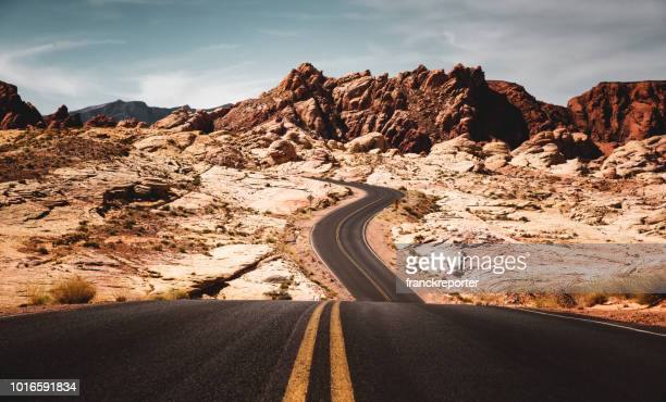 valley of fire state park road - valley of fire state park stock pictures, royalty-free photos & images