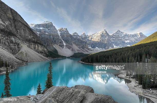 valley of the ten peak,banff national park - lake stock pictures, royalty-free photos & images
