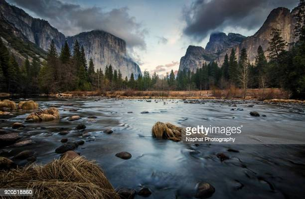 valley view of yosemite - yosemite valley stock photos and pictures