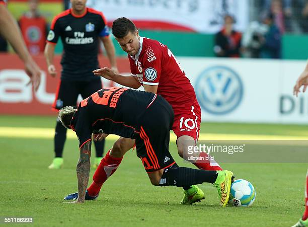 Valon Behrami, Rok Elsner, Zweikampf, Aktion, Spielszene, , FC Energie Cottbus - HSV Hamburger SV, DFB Pokal, Sport, Fußball Fussball, Stadion der...