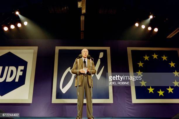 Valéry Giscard d'Estaing, president of the center-right Union for French Democracy and former French president, speaks on September 14, 1992 during a...