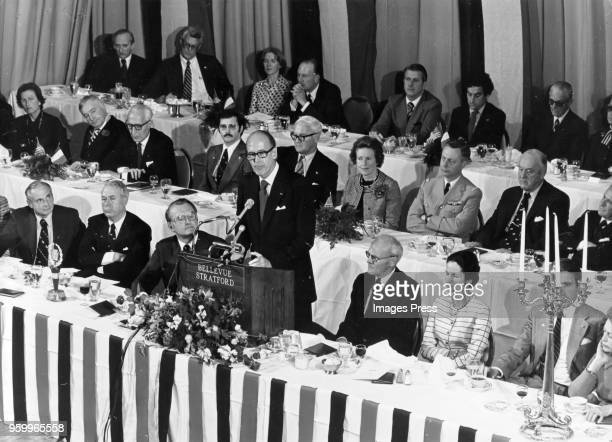 Valéry Giscard d'Estaing speaks at a joint gathering of the General Assembly of Pennsylvania and members of the University of Pennsylvania outside of...