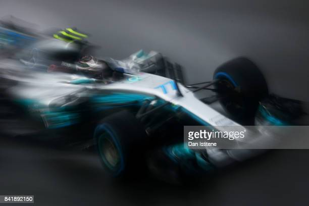 Valtteri Bottas driving the Mercedes AMG Petronas F1 Team Mercedes F1 WO8 on track during qualifying for the Formula One Grand Prix of Italy at...