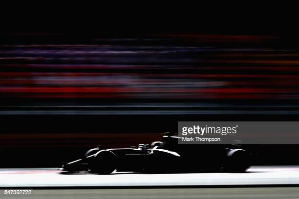 Valtteri Bottas driving the Mercedes AMG Petronas F1 Team Mercedes F1 WO8 on track during practice for the Formula One Grand Prix of Singapore at...