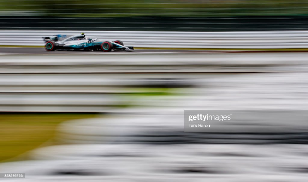Valtteri Bottas driving the (77) Mercedes AMG Petronas F1 Team Mercedes F1 WO8 on track during qualifying for the Formula One Grand Prix of Japan at Suzuka Circuit on October 7, 2017 in Suzuka.