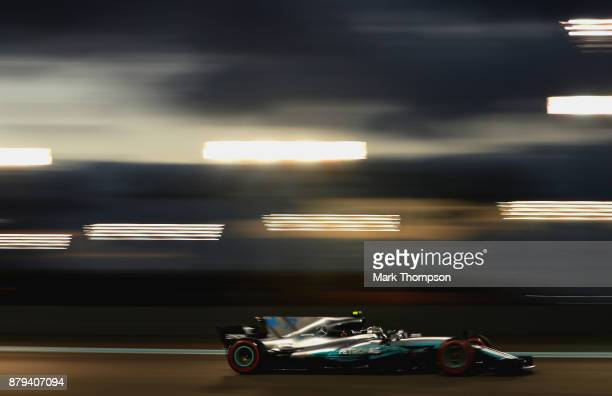 Valtteri Bottas driving the Mercedes AMG Petronas F1 Team Mercedes F1 WO8 on track during the Abu Dhabi Formula One Grand Prix at Yas Marina Circuit...