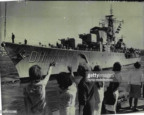 Vampire leaves to join Australian Fleet In Sth East Asia 9 ships 2300 man The daring class destroyer HMAS Vampire left Garden Island today for the...