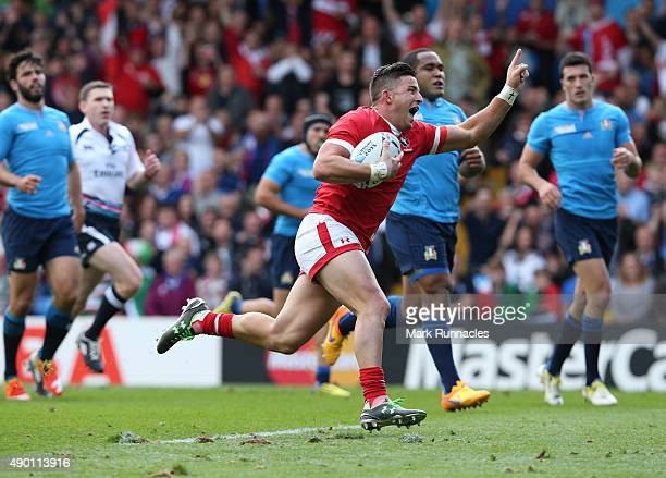 Van Der Merwe of Canada breaks free of the Italian defence to score a try during the 2015 Rugby World Cup Pool D match between Italy and Canada at...