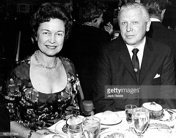 DEC 10 1960 Van Derbur Francis Mrs