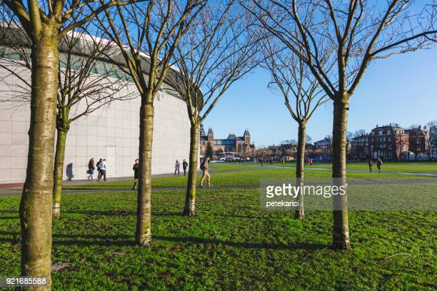 van gogh museum, amsterdam, netherlands - museumplein stock pictures, royalty-free photos & images