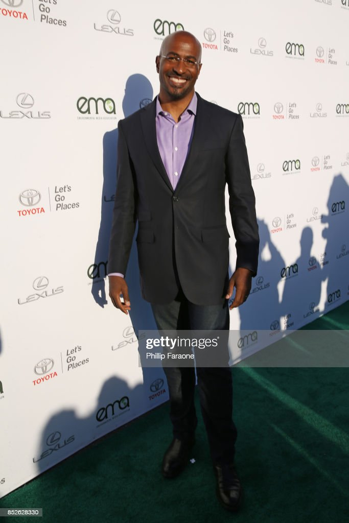 Environmental Media Association's 27th Annual EMA Awards - Red Carpet
