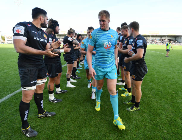 EXETER, ENGLAND - SEPTEMBER 29: GJ van Velze of Worcester Warriors leads his team through the Exeter Chiefs tunnel following defeat during the Gallagher Premiership Rugby match between Exeter Chiefs and Worcester Warriors at Sandy Park on September 29, 2018 in Exeter, United Kingdom. (Photo by Dan Mullan/Getty Images)