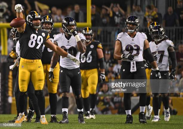 Vance McDonald of the Pittsburgh Steelers reacts after a catch for a first down in the first half during the game against the Baltimore Ravens at...