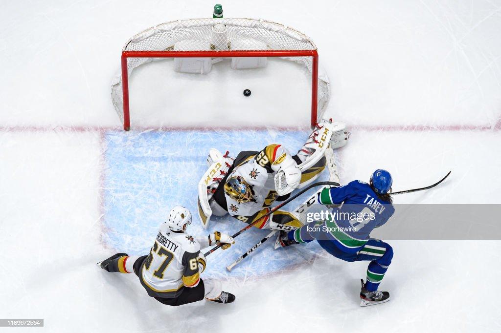NHL: DEC 19 Golden Knights at Canucks : News Photo