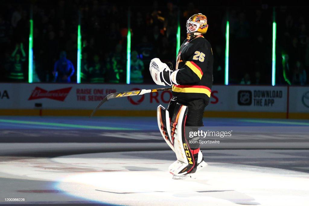 NHL: FEB 10 Predators at Canucks : News Photo