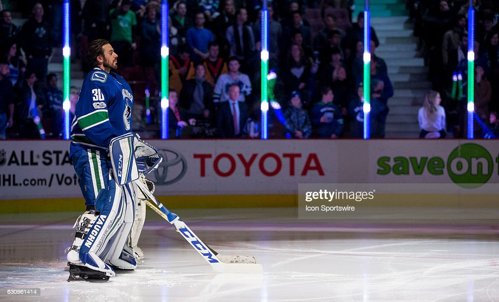 NHL: JAN 02 Avalanche at Canucks : News Photo