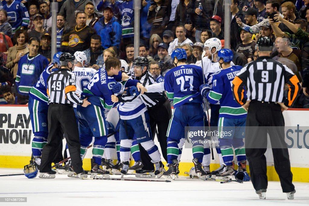 NHL: DEC 18 Lightning at Canucks : News Photo
