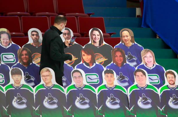 CAN: Ottawa Senators v Vancouver Canucks