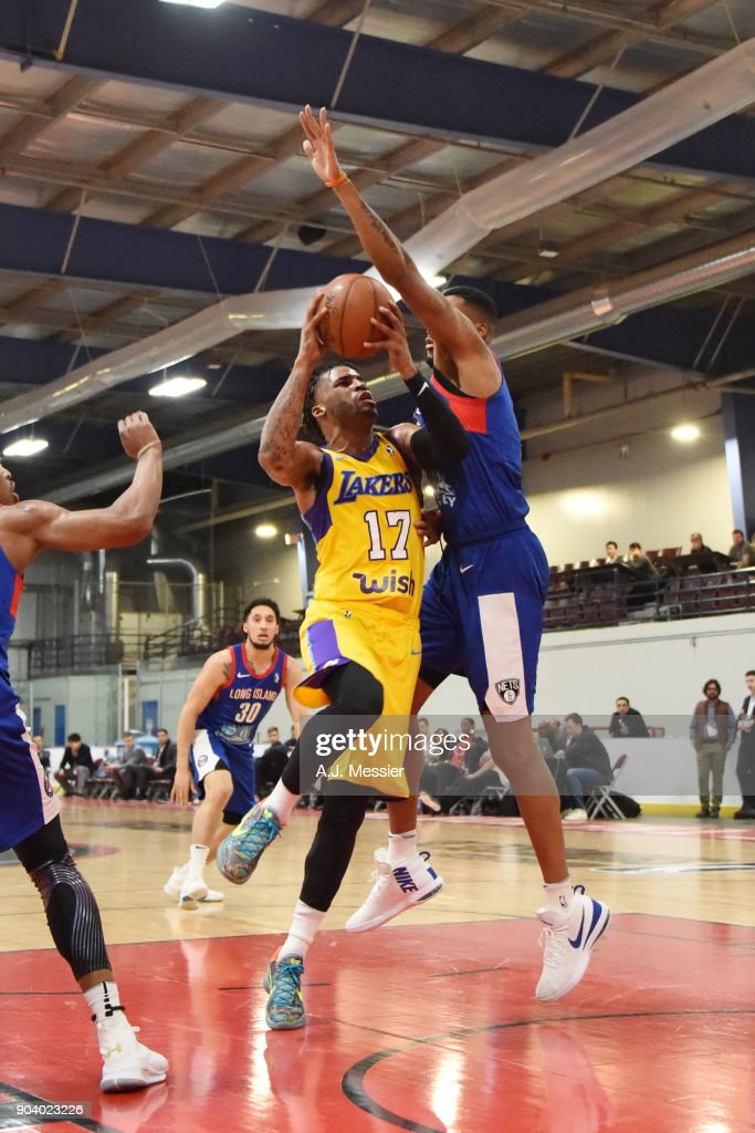 Vander Blue #17 of the South Bay Lakers handles the ball during the game against the Long Island Nets at the NBA G League Showcase Game 11 on January 11, 2018 at the Hershey Centre in Mississauga, Ontario Canada.