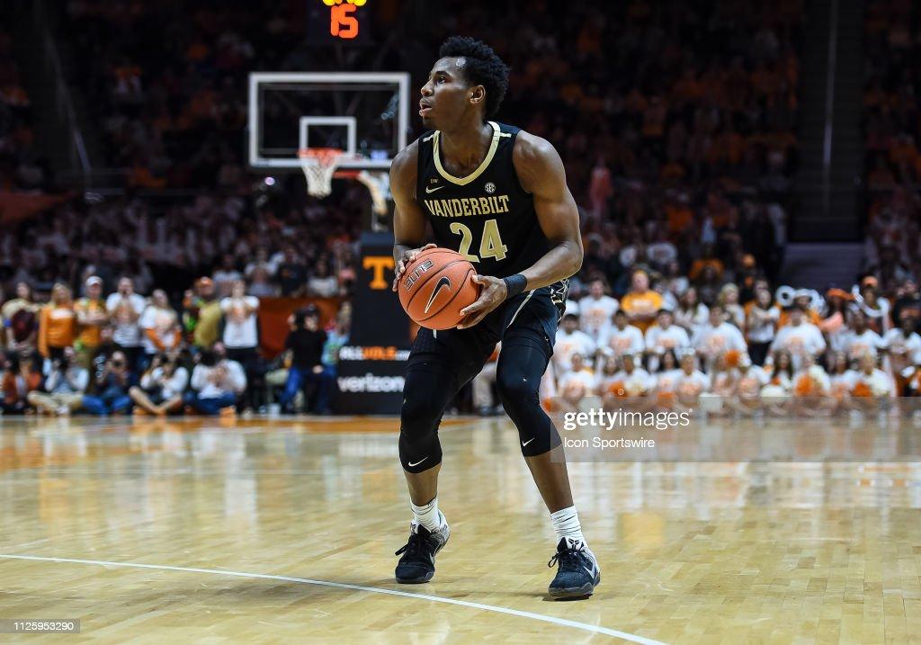 COLLEGE BASKETBALL: FEB 19 Vanderbilt at Tennessee : News Photo