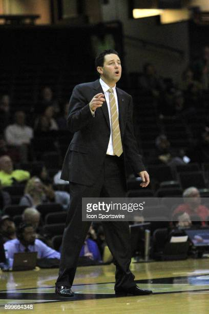 Vanderbilt Commodores head coach Bryce Drew calls out a play during the second half of a nonconference game between the Vanderbilt Commodores and...