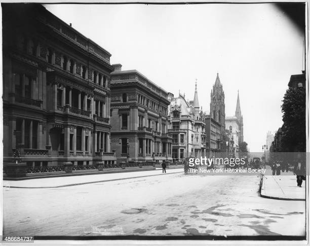 Vanderbilt mansions on Fifth Avenue, New York, New York, 1895. The Petit Chateau 660 Fifth Avenue and part of the Triple Palace 642 Fifth Avenue and...