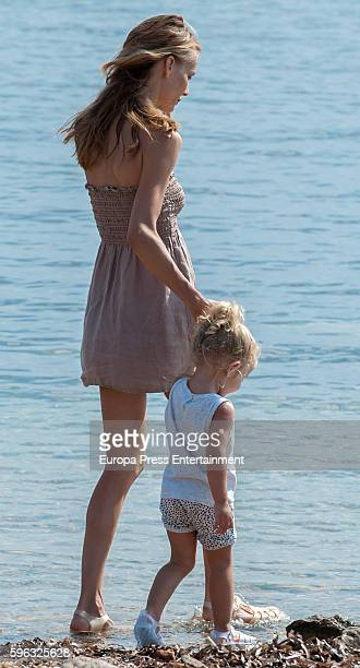Manuela Puyol Stock Photos and Pictures | Getty Images