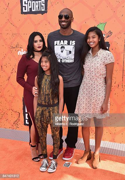 Vanessa Bryant former NBA player Kobe Bryant Gianna Bryant and Natalia Bryant attend the Nickelodeon Kids' Choice Sports Awards 2016 at UCLA's Pauley...
