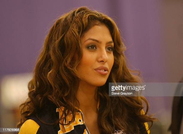 Vanessa Bryant wife of unrestricted free agent Kobe Bryant listens to Kobe speak at a press conference to announce he will remain with the Los...