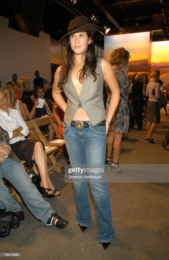 Mercedes-Benz Fashion Week Spring 2004 - DKNY - Front Row