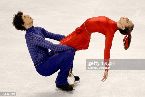 Vanessa Crone and Paul Poirier of Canada compete in the Ice Dance Free Dance during Skate America at Rose Garden Arena on November 14, 2010 in...