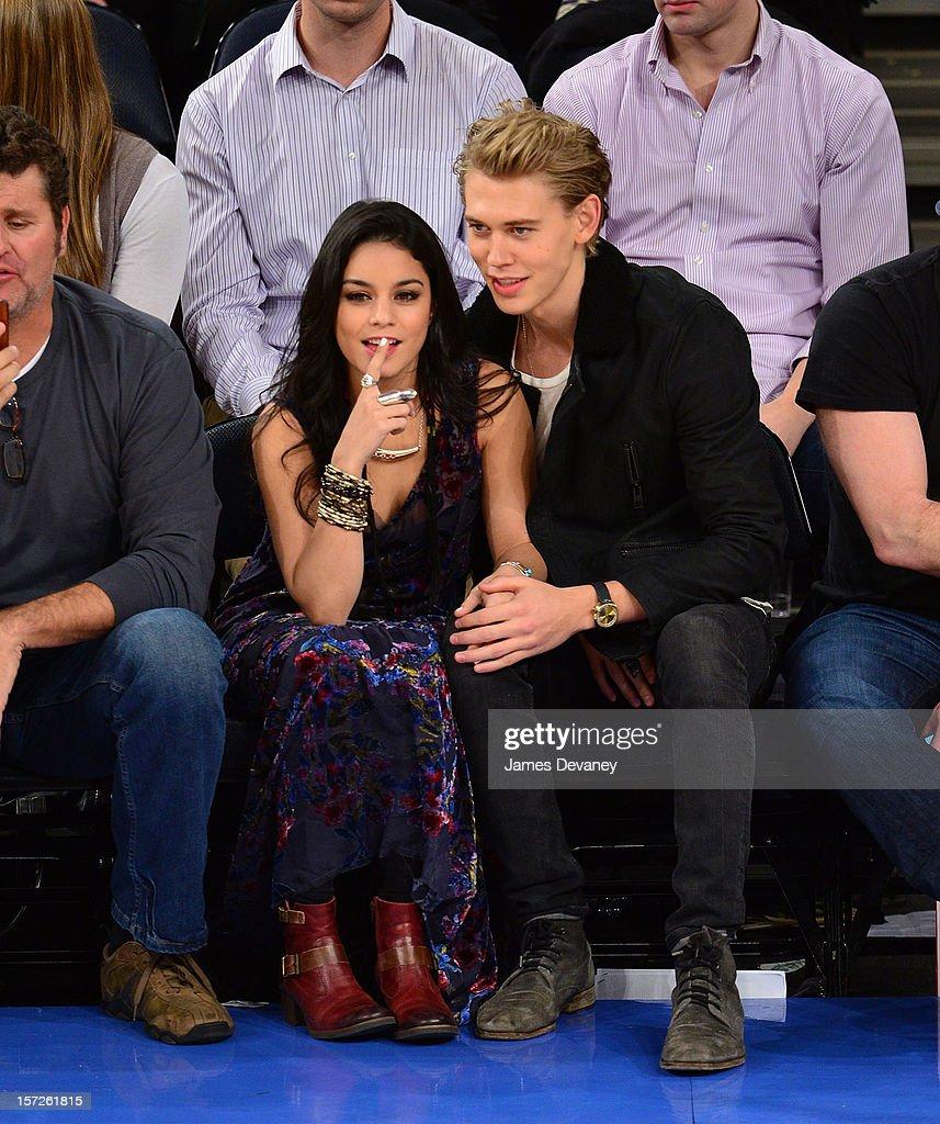 Celebrities Attend The Washington Wizards Vs New York Knicks Game : News Photo