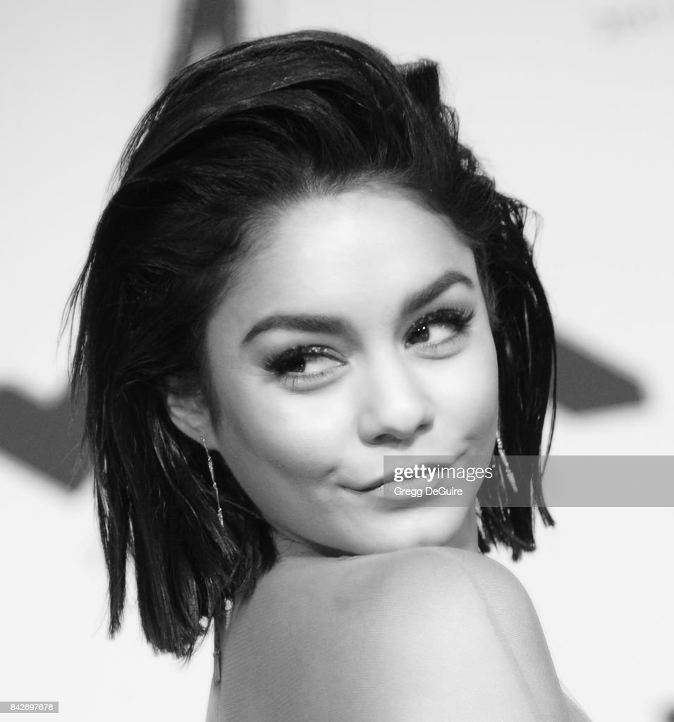 Vanessa Hudgens arrives at the 2017 MTV Video Music Awards at The Forum on August 27, 2017 in Inglewood, California.