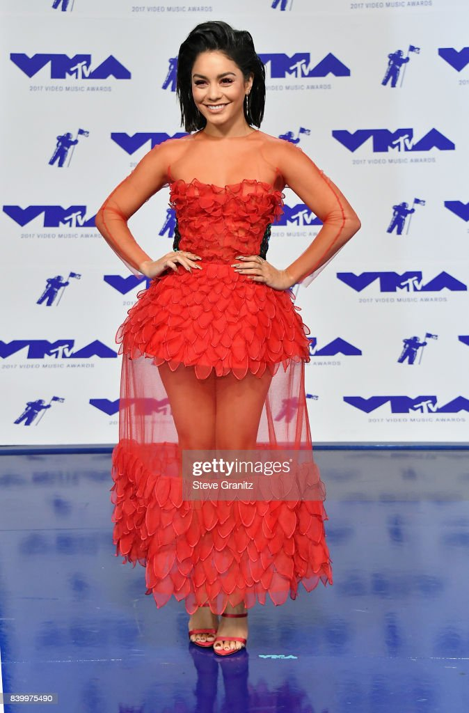 Vanessa Hudgens attends the 2017 MTV Video Music Awards at The Forum on August 27, 2017 in Inglewood, California.
