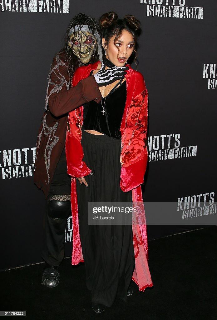 Knott's Scary Farm Black Carpet Event - Arrivals : News Photo