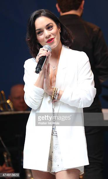 Vanessa Hudgens performs at United presents 'Stars in the Alley' in Shubert Alley on May 27 2015 in New York City