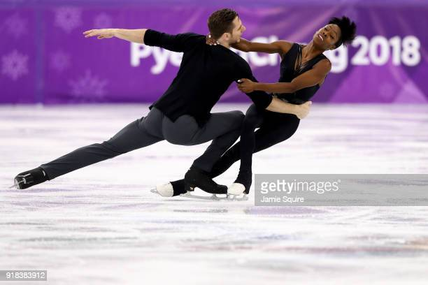 Vanessa James and Morgan Cipres of France compete during the Pair Skating Free Skating at Gangneung Ice Arena on February 15 2018 in Gangneung South...