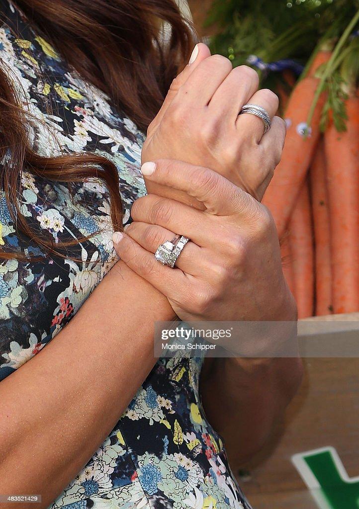 Vanessa Lachey (jewelry detail) attends Farm Heroes Saga's Urban Farm Experience at Flatiron Pedestrian Plaza on April 9, 2014 in New York City.