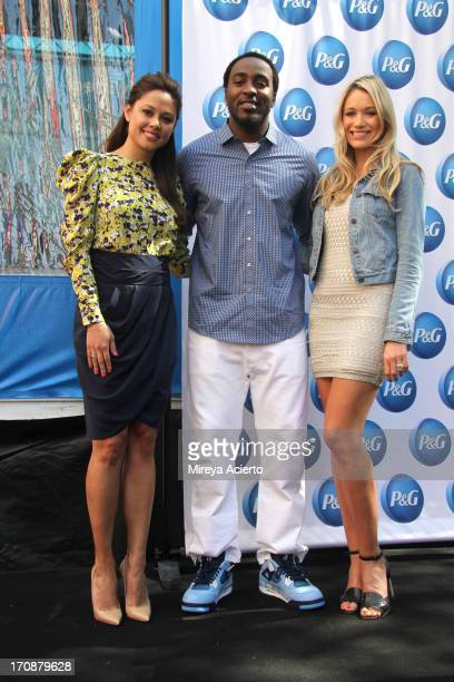 Vanessa Lachey Hakeem Nicks Katrina Bowden attends the 'Everyday Effect' consumer event with Nick and Vanessa Lachey at P G Innovation Center on June...