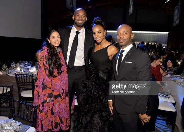 Vanessa Laine Bryant Kobe Bryant Kelly Rowland and Tim Weatherspoon attend the 2019 Baby2Baby Gala presented by Paul Mitchell on November 09 2019 in...