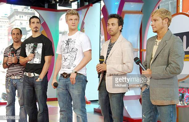 Vanessa Minnillo and AJ McLean Kevin Richardson Nick Carter Howie Dorough and Brian Littrell of Backstreet Boys