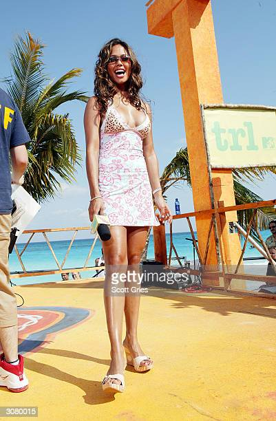 VJ Vanessa Minnillo on stage during taping for MTV Spring Break 2004 on the beach deck at The City March 12 2004 in Cancun Mexico